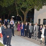 x - Autoridades e ex-prefeitos junto a réplica da Maria Fumaça, símbolo do Centenário da Colonização