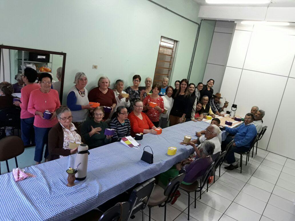 Dia dos avós foi comemorado pelo grupo