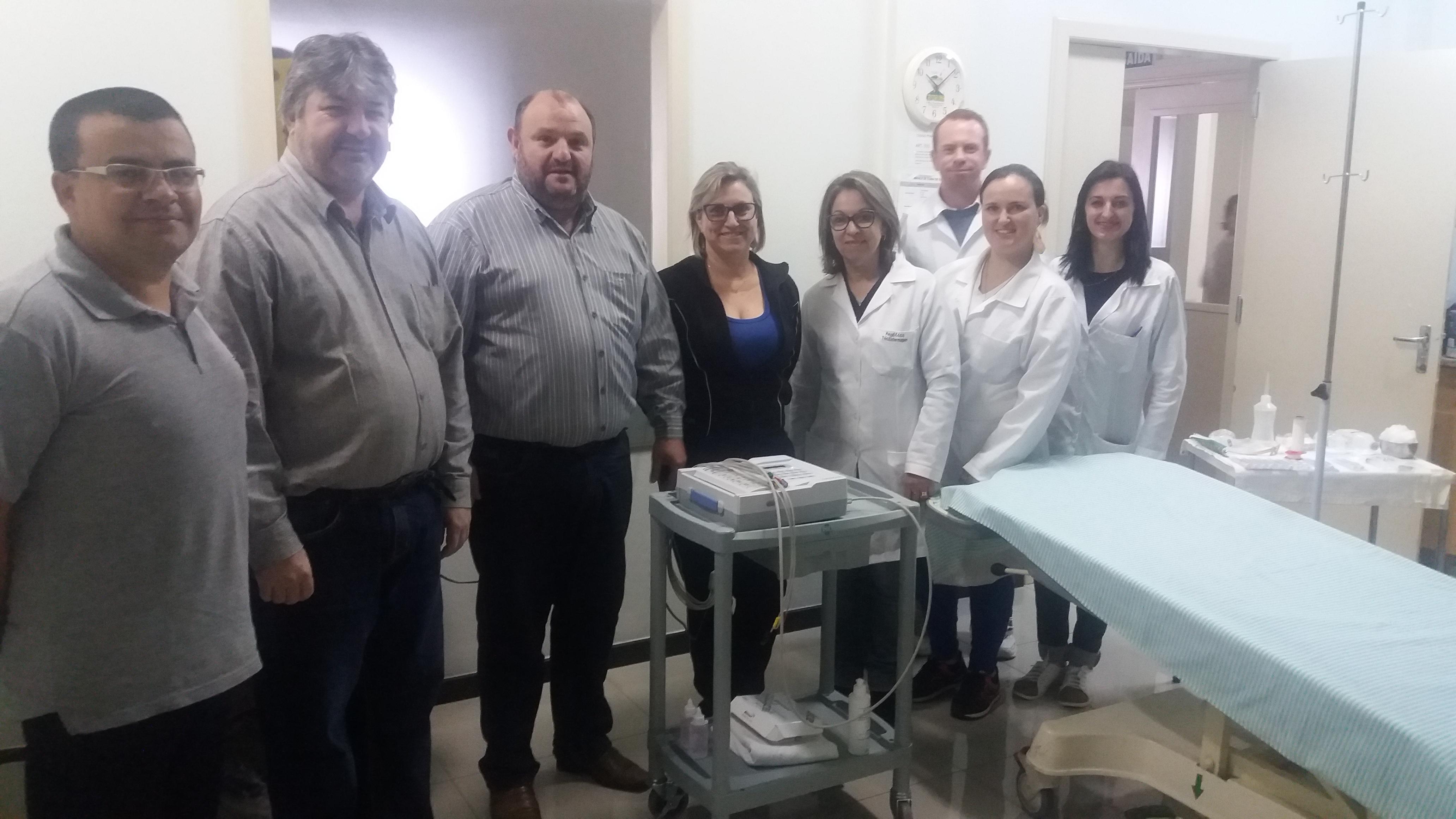 Prefeitura adquire aparelho para realização de eletrocardiograma