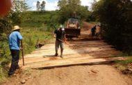 Secretaria de Obras efetua recuperação de pontilhões