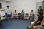 Grupo de idosos recebem orientações sobre higiene bucal
