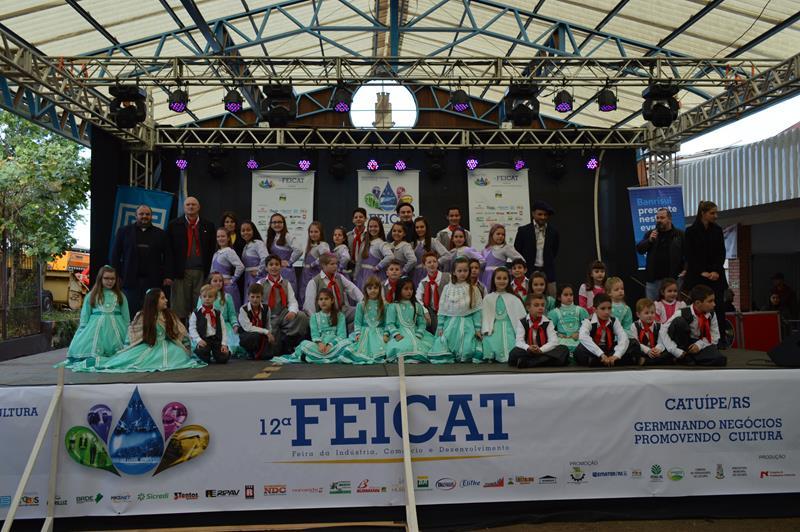 Apresentação Cultural: CTG Tropeiros do Rio Branco