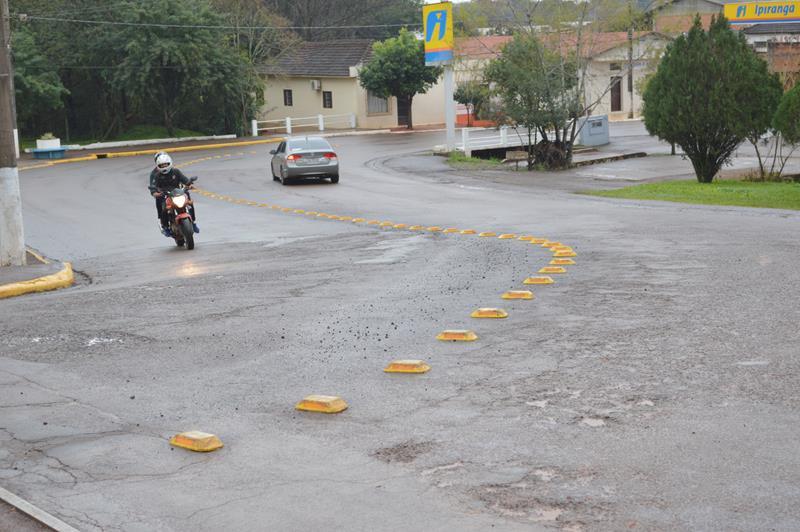 Administração investe na sinalização de trânsito