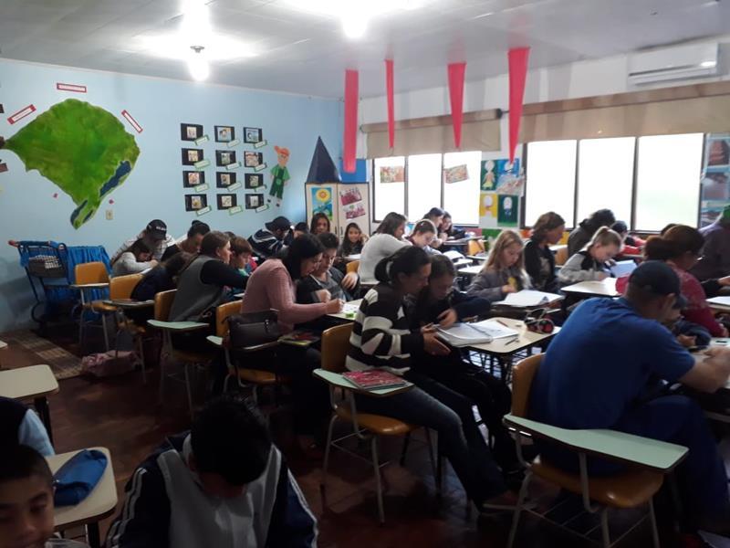 Escola Girassol faz resgate interdisciplinar de aprendizagem com a turma do 5º ano da manhã